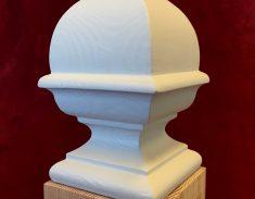 Dennenappel 3235 B wit gegrond balusterkop trapspil ornament